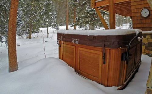 enjoying a hot-tub in the beauty of vail